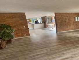 Se arrienda amplia casa de tres pisos ubicada en conjunto cerrado en Mazurén, Colina campestre