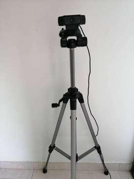 Camara Logitech C920 PRO HD y Trípode Beston 3520