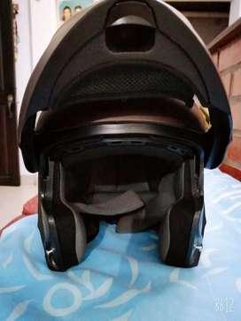 Vencambio 3 cascos de moto en perfectas condiciones