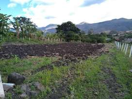 Terreno de Venta en el valle de  Yunguilla de 2.400 M2. Santa Isabel- Ecuador