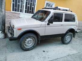 Vendo lada niva 4x4 en Villavicencio