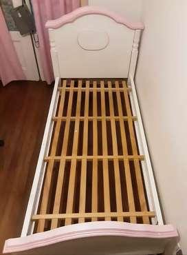 Vendo cama de roble