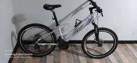 Vendo Bicicleta GW para niña