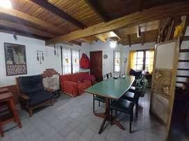 Venta casa 4 ambientes con hermoso jardin. Ideal vivienda permanente! Gas natural. Calle 28 e/9 y 10 Santa Teresita