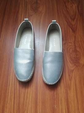 Se Venden Zapatos Naf Naf por 60. 000