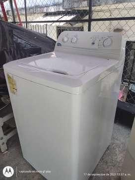 Se vende lavadora barata