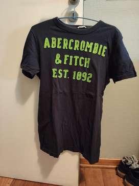 Remera Abercrombie M
