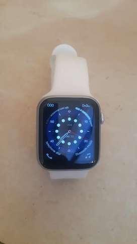 Vendo reloj inteligente w26 plus
