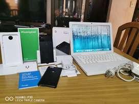 Google Pixel 2 y Macbook White