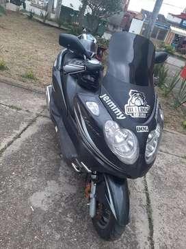 Scooter  300cc linda