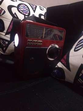 Vendo Radio parlante