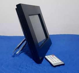 """Portaretrato Digital 10.4"""""""