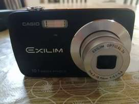 Vendo Cámara digital casio Exilim
