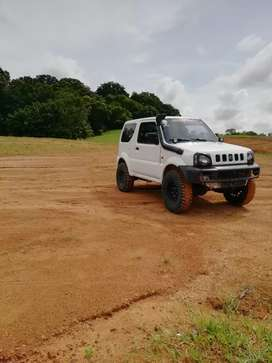 Se vende suzuki jimny modificado