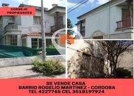 Se vende Casa esquina en calle Mateo Luque esquina Felix Olmedo, Barrio Rogelio Martinez. Ciudad de Córdoba
