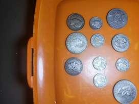 Monedas antiguas diferentes pasies 1895