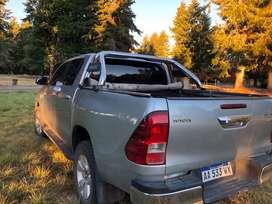 Toyota hilux 4x4 DC SRV 2016