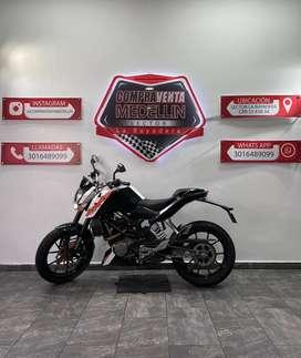 KTM DUKE 200 MODELO 2016 TRASPASOS INCLUIDOS SOAT Y TECNO AL DIA PRECIO NEGOCIABLE