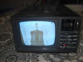 Tv Televisor Portatil Deluxe 5 Pulg Radio Am/fm No Envio