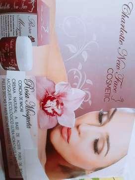Cosméticos de belleza / Charlotte New Face