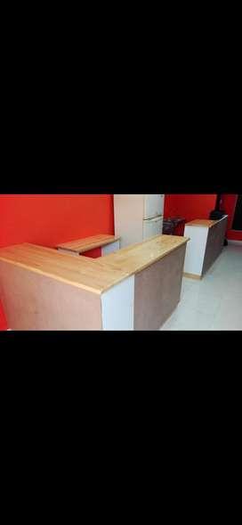 Venta de entable para negocio barra, sillas y mesas