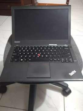 Lenovo x240 para repuestos core i5, 8gb en ram, disco 320