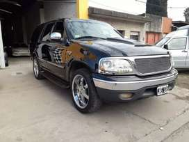 Ford Expedition modelo 2001 traída de estados unidos patentada en el 2011