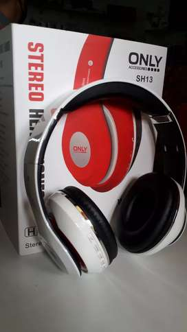 Auricular vincha vía Bluetooth