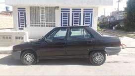 Vendo R9 año 97
