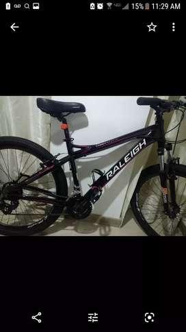 Hermosa bicicleta raleing a la venta