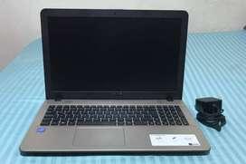 Vendo computador portátil Asus