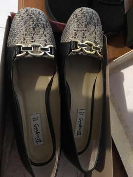 Zapatos Marca Tanguis T37