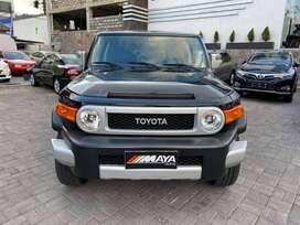 Toyota, FJ Cruiser (4000 CC) - Todoterreno en Ambato, año 2012