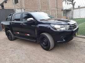 Toyota Hilux 2017 Uso exclusivo particular perfectas condiciones