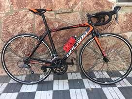 Bicicleta de ruta UPLAND