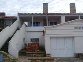 Alquilo Casa Y Dpto Monte Hermoso