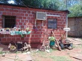 Terreno de 20x30 casa de 7x6 a $ 300.000
