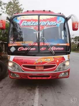 Vendo Bus hino 2006