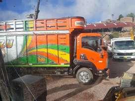 Camion isuzu 800 año 2012