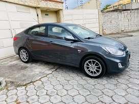 Hyundai Accent 2013 Flamante