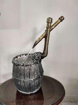 Vintage Fuente de Agua-cascada con Mesa $170