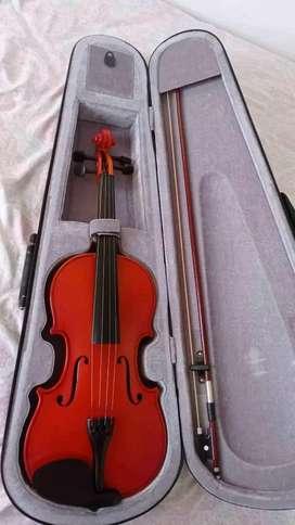 Violin 4/4 (negociable)
