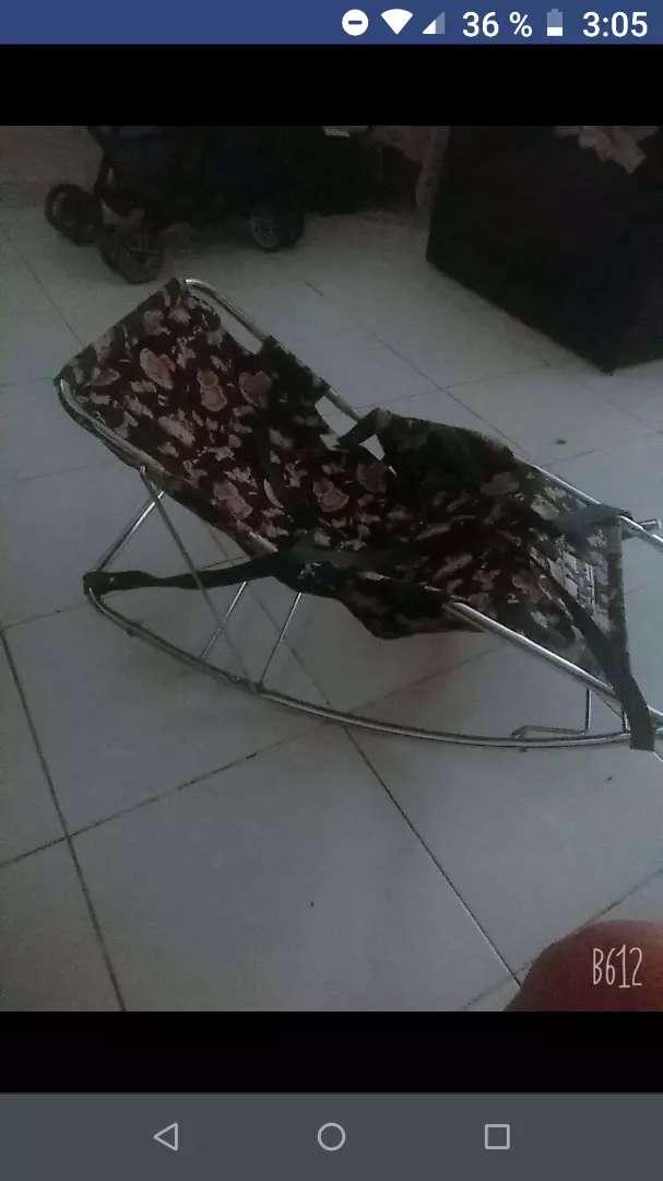 Vendo silla mesedora para bebes 0
