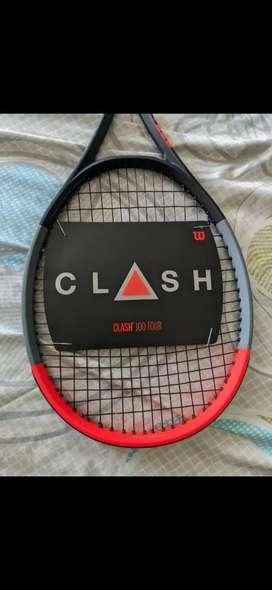 Raqueta Wilson clash 100 tour