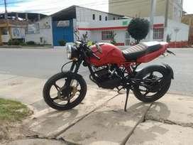 Hermosa GS 125.  street fighter