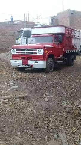 Vendo camion dodge