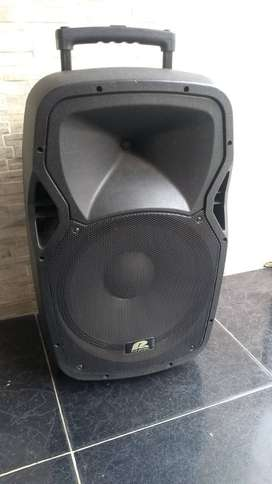 "Cabina Activa Pro audio Tr15A de 15"" usada"