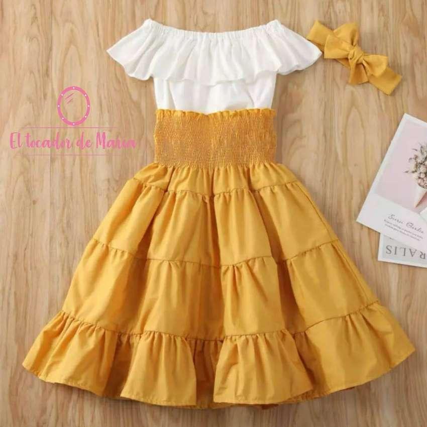 Conjunto Blusa Blanca/Falda Naranja 0