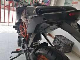 Duke 390 KTM Negro