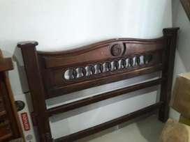 cama doble de pura madera